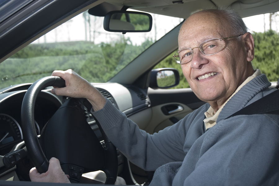 Elderly Care in Commack NY: Should My Elderly Parent Stop Driving?