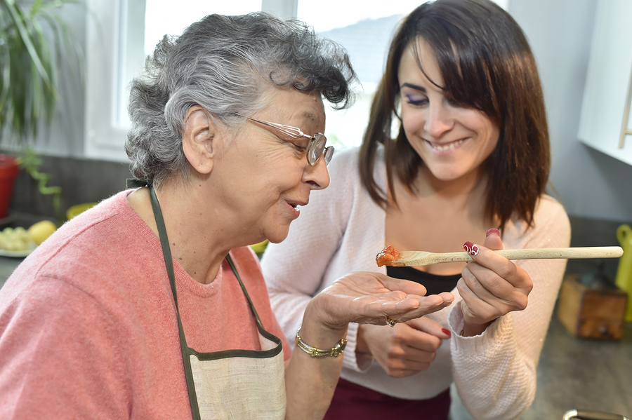 Home Care in Jericho NY: Creating Meals for Seniors with Alzheimer's