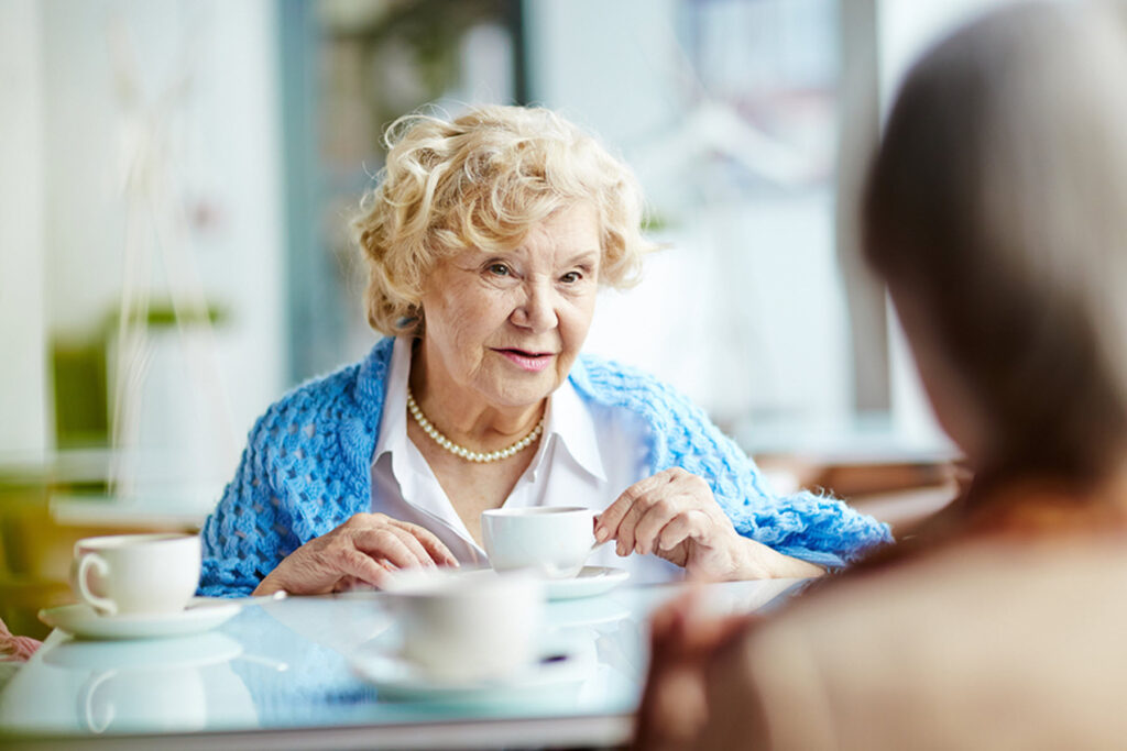 Home Care Services in Smithtown NY: Issues Your Senior Has Eating