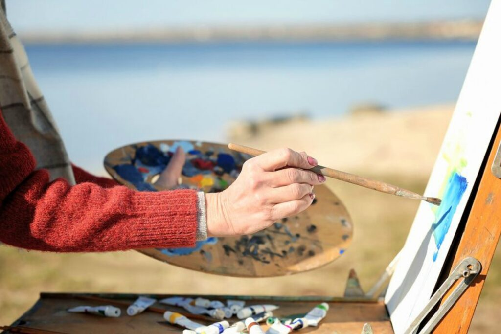 Home Care in Smithtown NY: Art Therapy