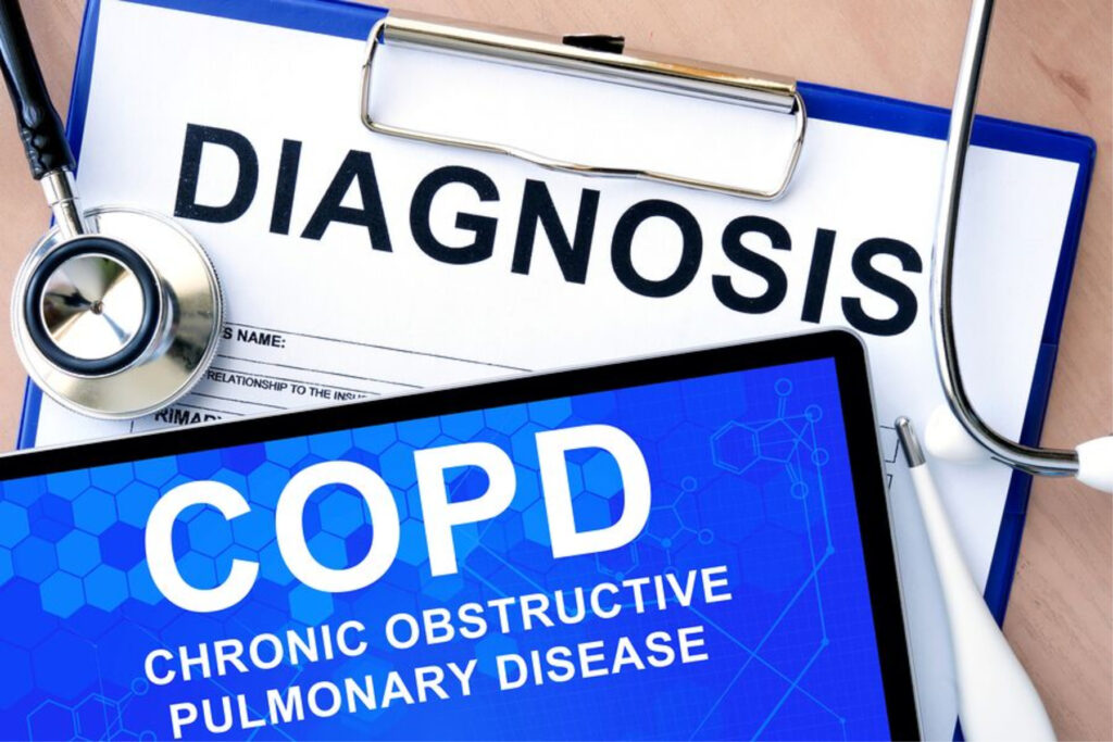 Senior Care in New Hyde Park NY: Walking With COPD