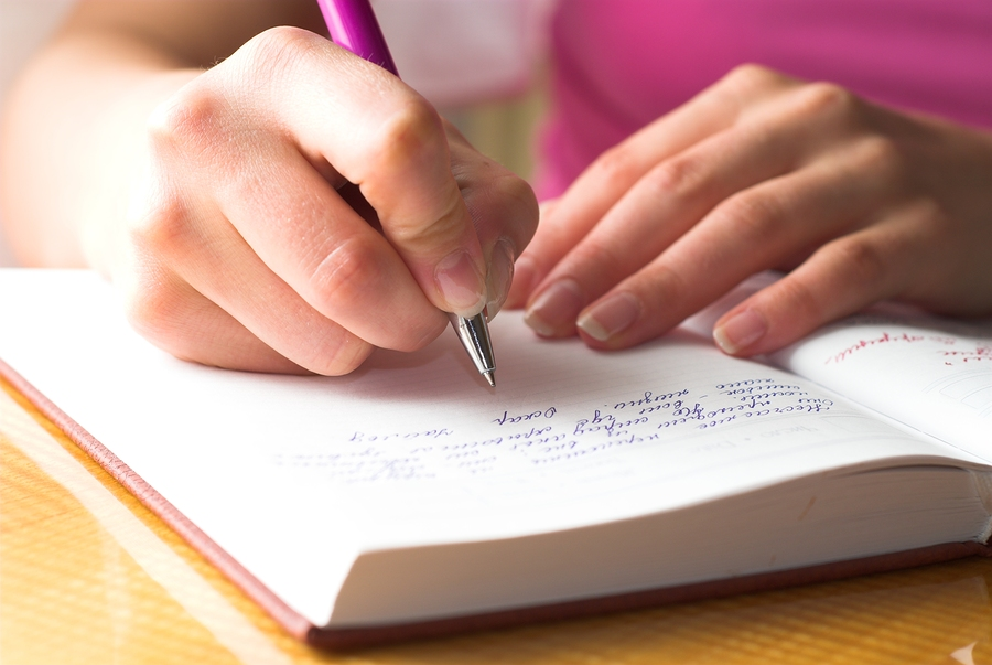 Elder Care in Jericho NY: Reading and Writing Help Mental Acuity in Elderly